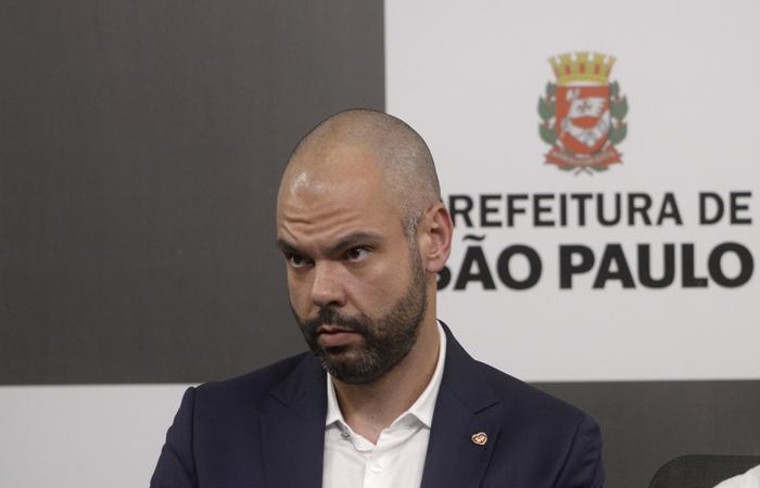 Abaixo Assinado / Bruno Covas devolva os salários das trabalhadoras