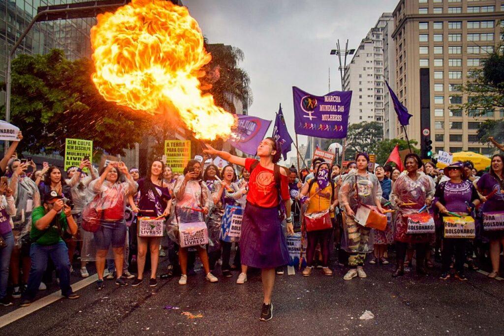 Manifesto do 8 de março de São Paulo: MULHERES NA LUTA PELA VIDA! FORA BOLSONARO, VACINA PARA TODA POPULAÇÃO E AUXÍLIO EMERGENCIAL JÁ!