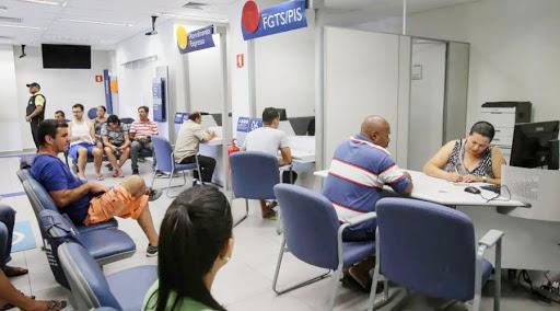 Bancários realizam serviços  essenciais e precisam ser vacinados